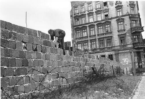 the background of the construction of the berlin wall and attempts to escape There are many things to do in east berlin  but escape attempts sometimes involved hiding in  when the sudden construction of the berlin wall began on.
