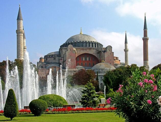 631px-Turkey-3019_-_Hagia_Sophia_(2216460729)