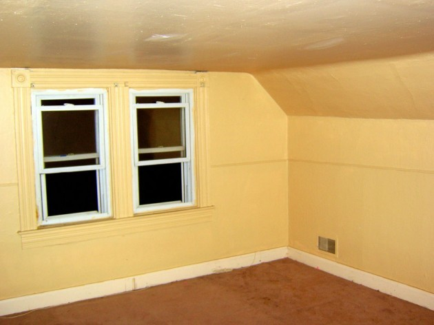 Upstairs front