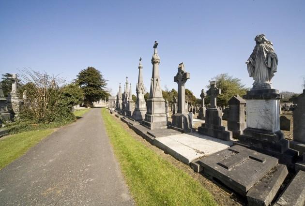 GLASNEVIN CEMETERY - DUBLIN, IRELAND