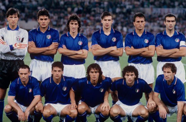 Soccer - World Cup Italia 1990 - Group A - Italy v Czechoslovakia - Olympic Stadium