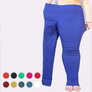 Resultado de imagen de plus size women wearing horrible leggings