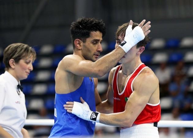 Qais Ashfaq congratulates Michael Conlan on winning