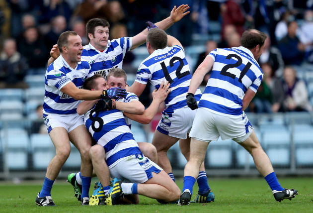 Shane Hurley, Liam Collins, Sean Dineen, Michael Hurley, Stephen Hurley and Dan Hegarty celebrates at the final whistle