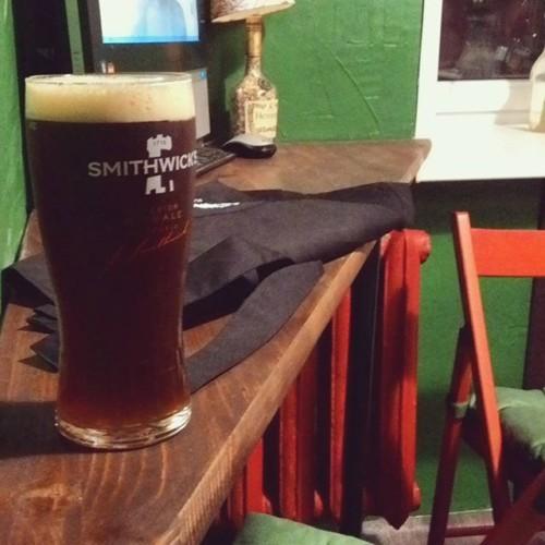 3 недели и все готово! Теперь у нас свой самый-самый маленький паб, сделанный своими руками. Ура! #pub #pint #ale #самыйсамыймаленькийпаб