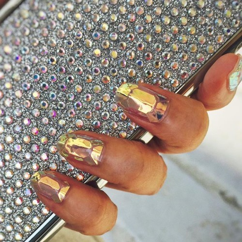 This New Shattered Glass Nail Art Trend Looks Seriously Cool
