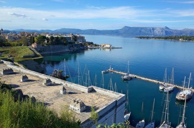 Corfu, Marina