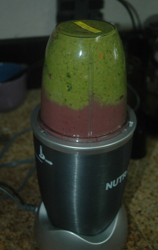 Smoothie (NutriBlast) partially made