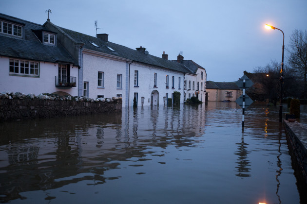 30/12/1015. Storm Frank Inistioge. Inistioge in Co