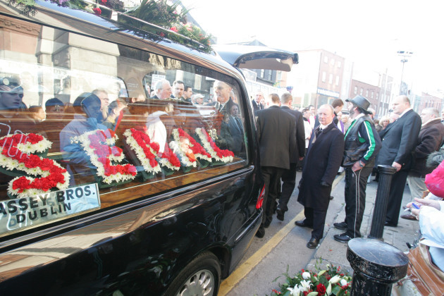 20/12/2006. Campbell Funerals Scenes
