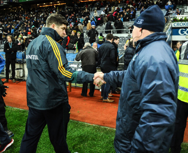 Eamonn Fitzmaurice and Jim Gavin shake hands after the game
