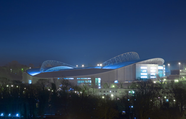Falmer_Stadium_-_night