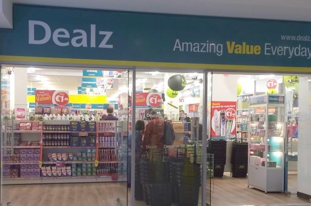 Dealz-Storefront2