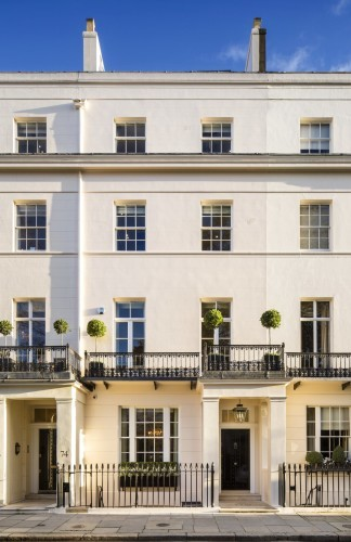 margaret-thatcher-thatcher-who-was-recently-voted-the-most-influential-woman-of-the-past-200-years-spent-the-majority-of-her-later-life-in-this-six-storey-bombproof-mansion-in-the-exclusive-belgravia-neighbourhood-of-cent
