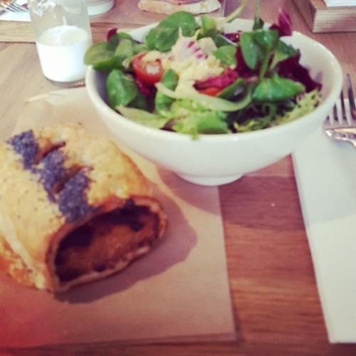 #TeelingsCafe #bacon #ballymaloerelish #sausageroll