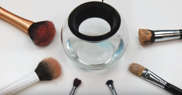 This Game Changer Promises To Wash And Dry Your Makeup Brushes In 30 Seconds