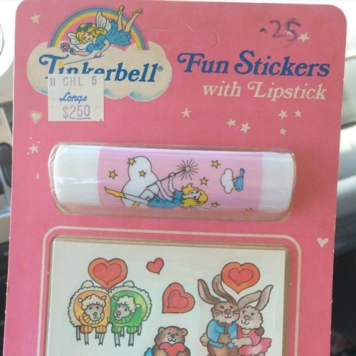 Sooo, I found this unopened Tinkerbell makeup at an estate sale and nearly died. I vividly remember using my sister's Tinkerbell lip balm. I can still totally smell it. I remember the sadness of when I went into Longs and discovered they no longer sold them! I want so badly to open it but I'm not gonna- because damn, hella vintage. ✨