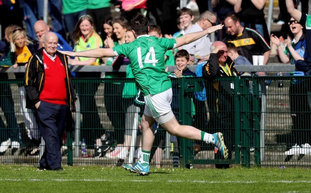 Sean Quigley celebrates scoring a late goal