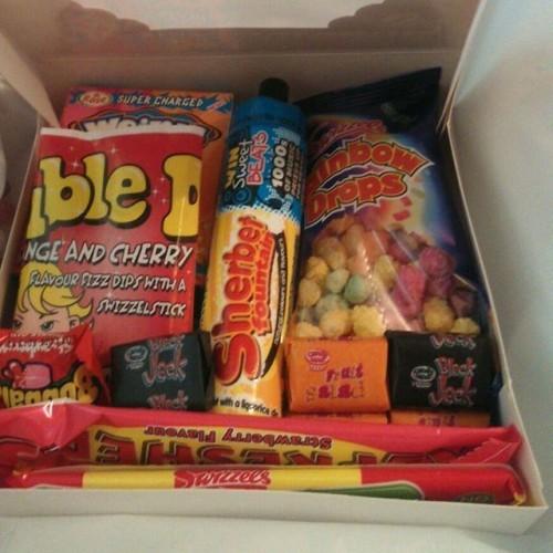 Retro sweet boxes #whoopeedooz #sweets #sweetness #retrosweets #retrosweetboxes #sherbet #rainbowdrops #blackjack #blackjacksweets #blackjacks #fruitsalad #fruitsaladsweets #drumsticks #drumsticksweets #bubblegum #weirds #weirdsweets #eat #snacks #snack #yumyum #yummy #food #treats #retro #mothersday
