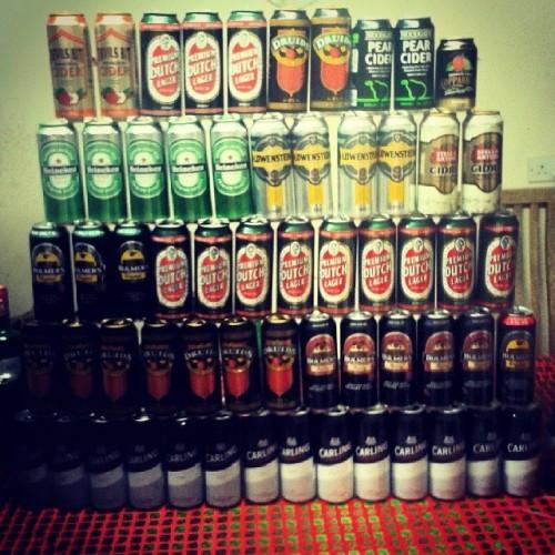 I'm actually fair proud of this! #cans #canpyramid #beer #cider #carling #bulmers #stellacidre #devilsbit #druids #heineken #lowenstein #pearcider #kopparberg #bulmersberry #premiumdutchlager #boredom