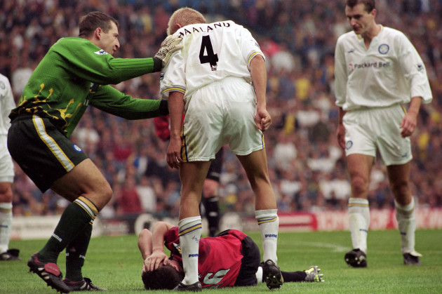 Soccer - FA Carling Premiership - Leeds United v Manchester United