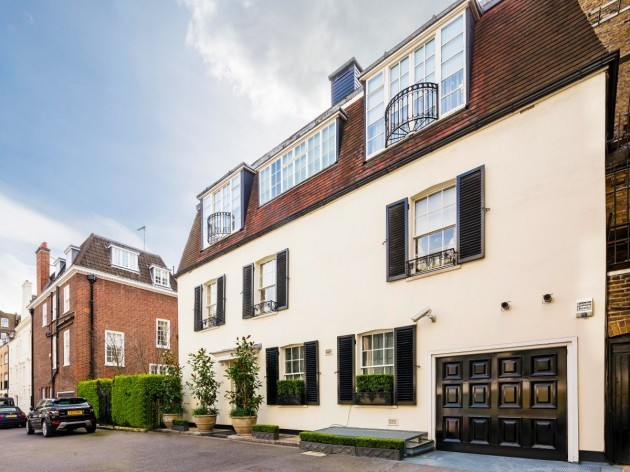 heres-the-outside-of-the-house-located-in-4-blackburnes-mews-in-mayfair