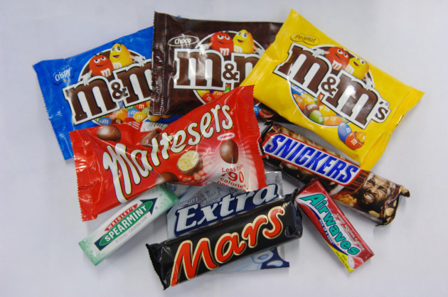 Mars to snap up chewing gum group