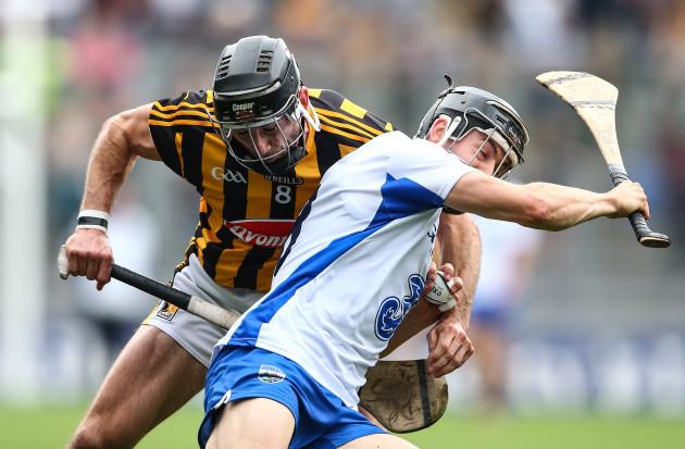 Conor Fogarty tackles Jamie Barron
