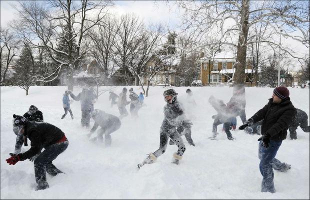 Chelsea-Crockett-Snowball-Fight