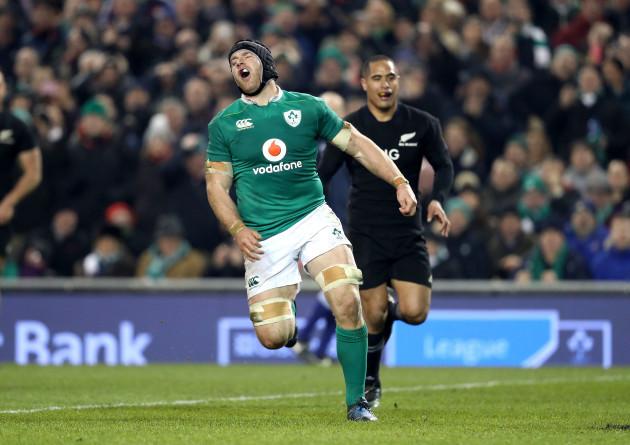 Sean O'Brien reacts