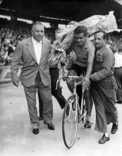 Walkowiak wins Tour de France