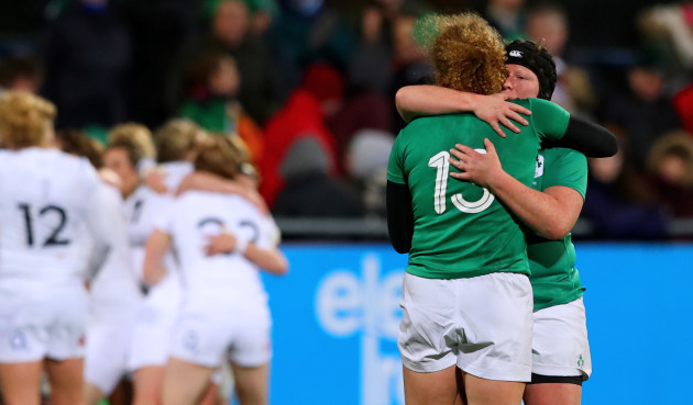 Jenny Murphy and Ruth O'Reilly dejected