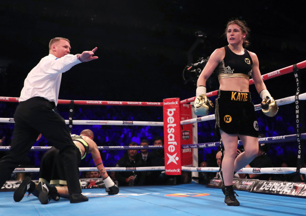 Katie Taylor knocks down Monica Gentili in the fifth round to win the fight