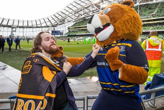 Wasps fan Daniel Ford challenges Leo the Lion