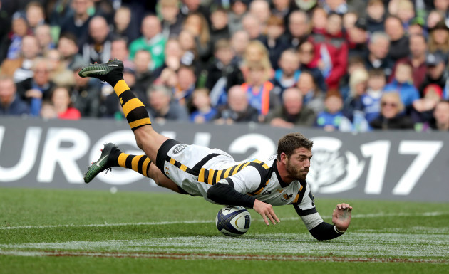 Willie Le Roux scores a try but has it disallowed by Nigel Owens