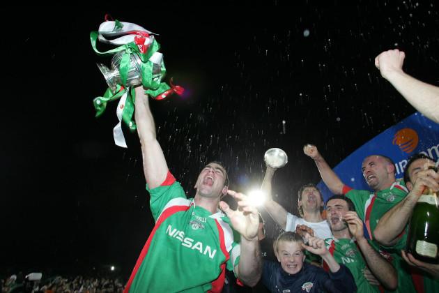 Cork's City's captain Dan Murray raises the League Cup