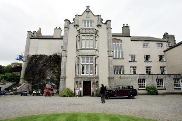 MAKING LASSIE FILM IN IRELAND