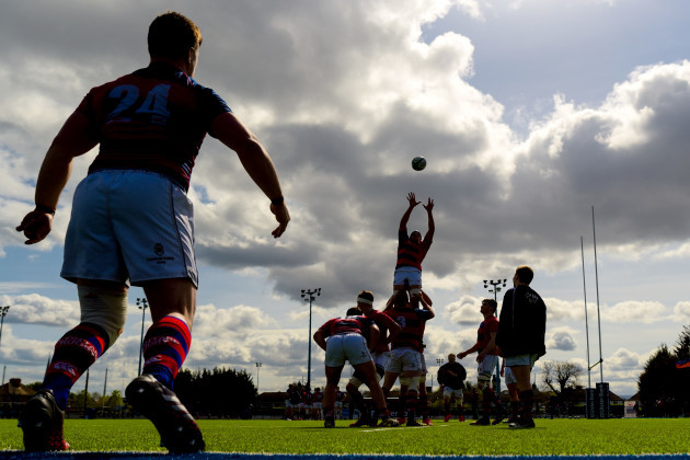 Clontarf practice line-outs before the game