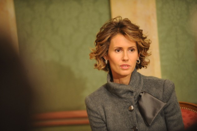 Asma El Assad receives various French culture and education figures in Paris