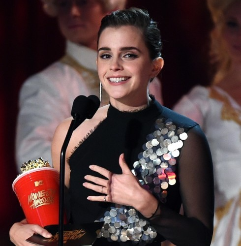 Emma Watson wins Best Actor at MTV Awards