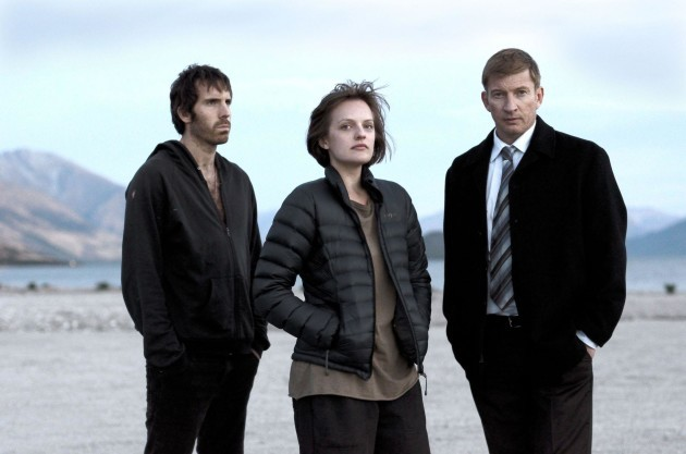 picture-of-elisabeth-moss-david-wenham-and-thomas-m-wright-in-top-of-the-lake-large-picture
