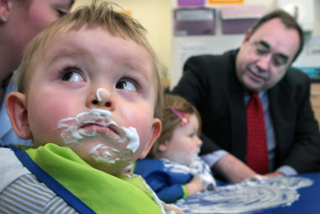 First Minister visits nursery