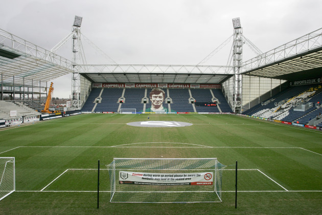 Soccer - Coca-Cola Football League Championship - Preston North End v Crystal Palace - Deepdale