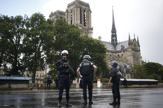 Hammer attacker is shot by police at Notre Dame