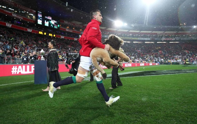 Sam Warburton leads his team out to start the game