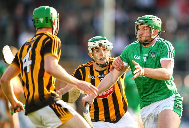 Paddy Deegan tackles Shane Dowling