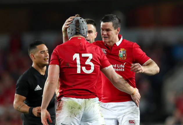 Jonathan Davies and Jonathan Sexton during the game