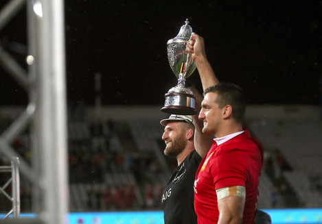 Kieran Read and Sam Warburton lift the DHL NZ cup after the series finished a draw