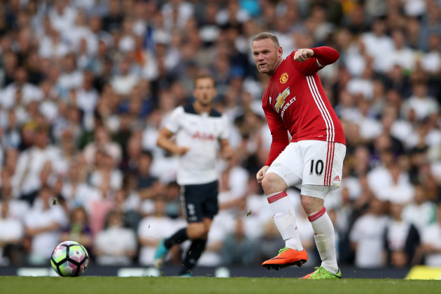 Tottenham Hotspur v Manchester United - Premier League - White Hart Lane