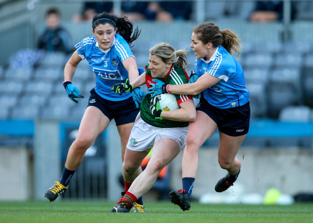 Olwen Carey and Sinead Finnegan with Cora Staunton